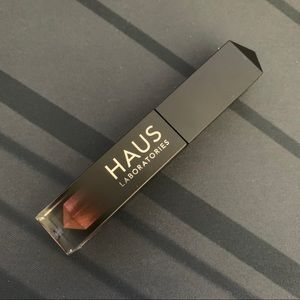 Haus Labs Liquid Shimmer Glam Eyeshadow Rose B*tch
